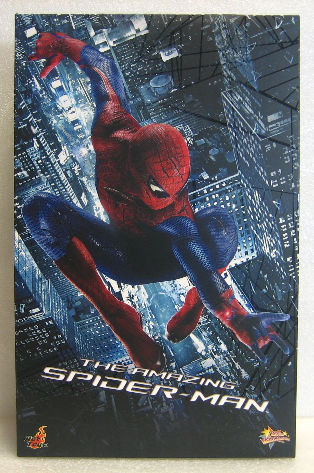 hot toys amazing spider-man box front