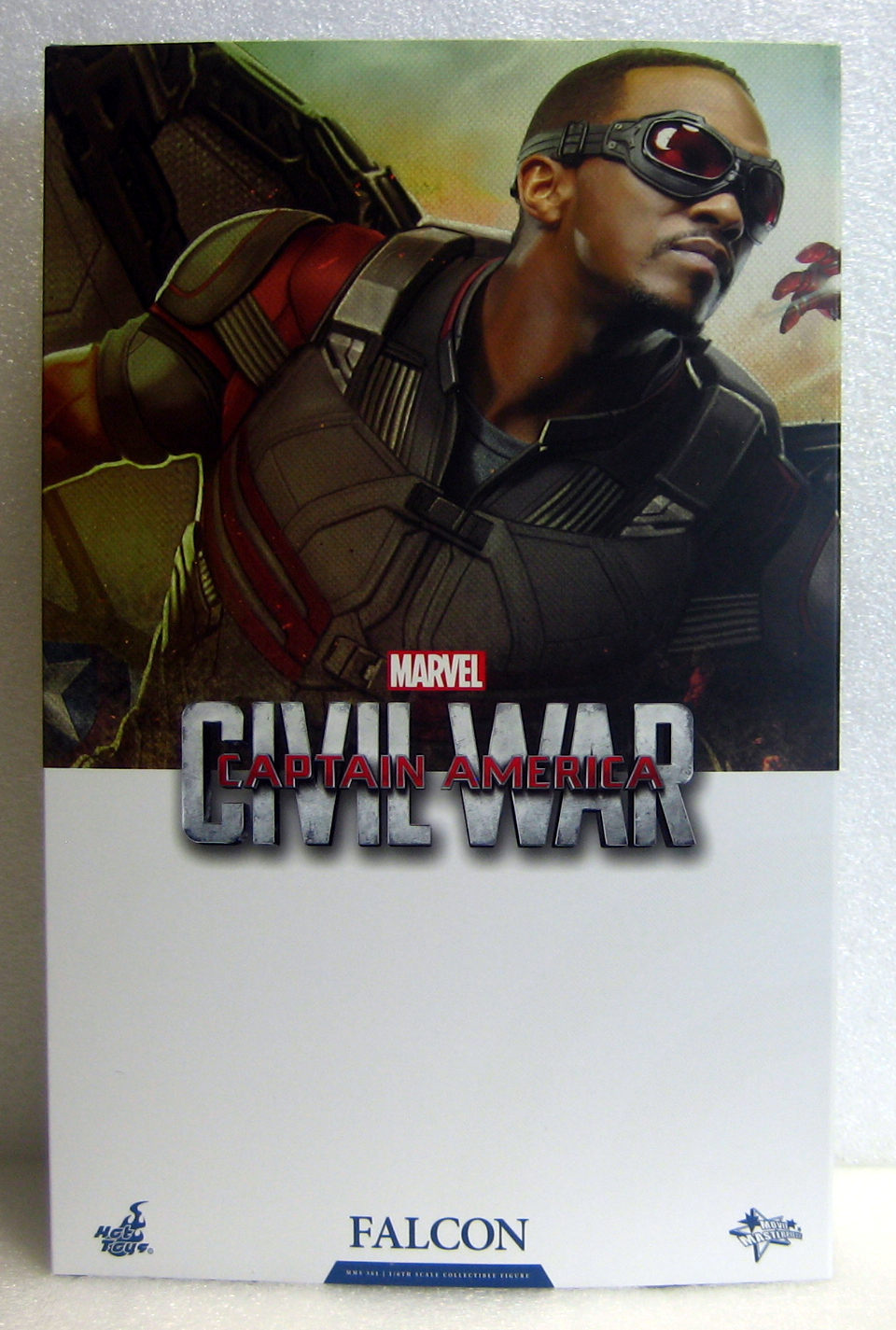 hot toys captain america civil war falcon box front
