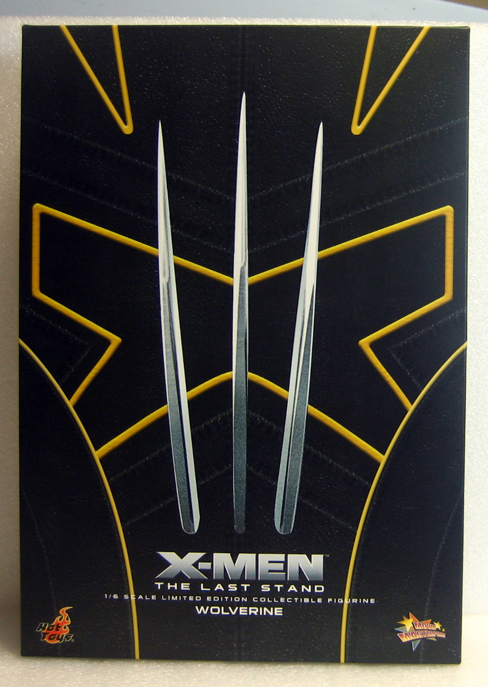 hot toys x-men 3: the last stand wolverine box front