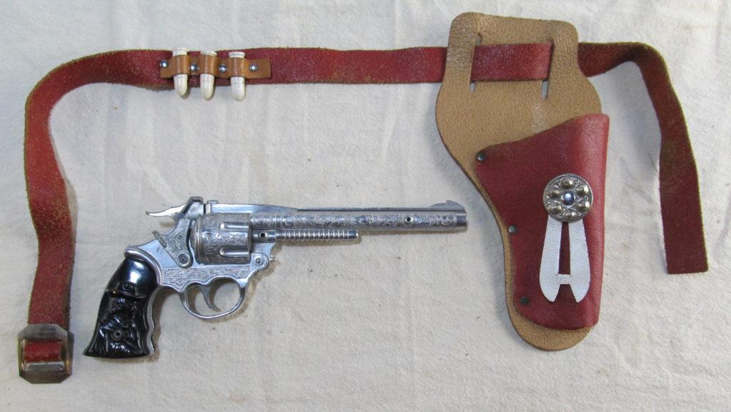 kilgore kit carson cap pistol 1