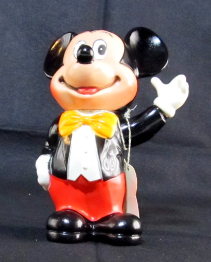 dakin vinyl mickey mouse coin bank 1
