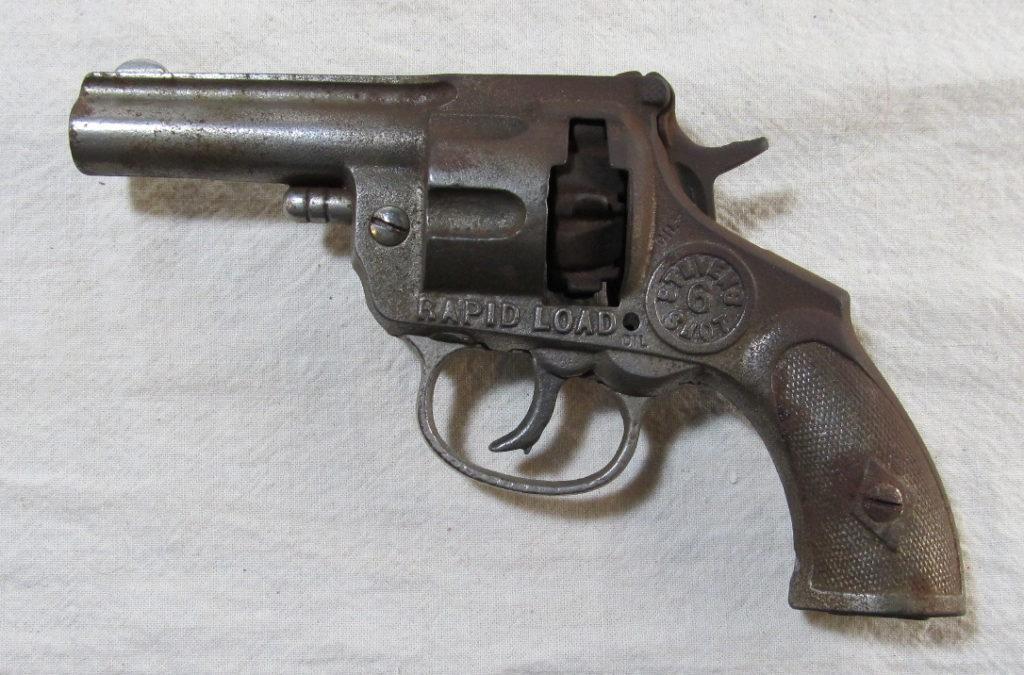stevens 6-shot rapid load cap pistol 1