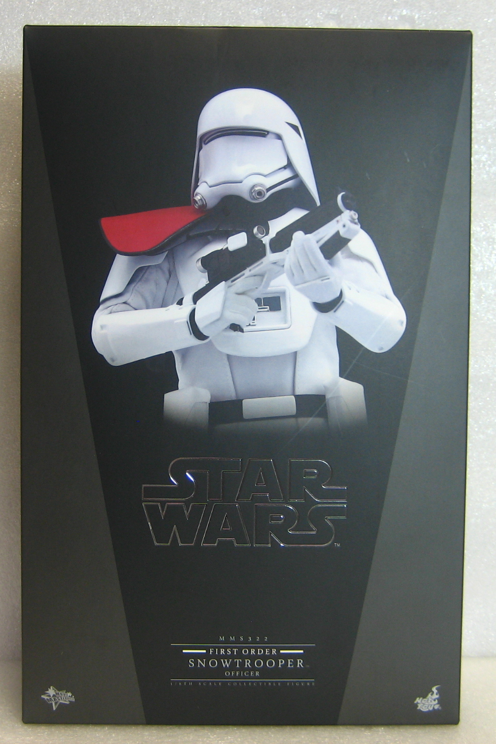 hot toys star wars force awakens stormtrooper officer