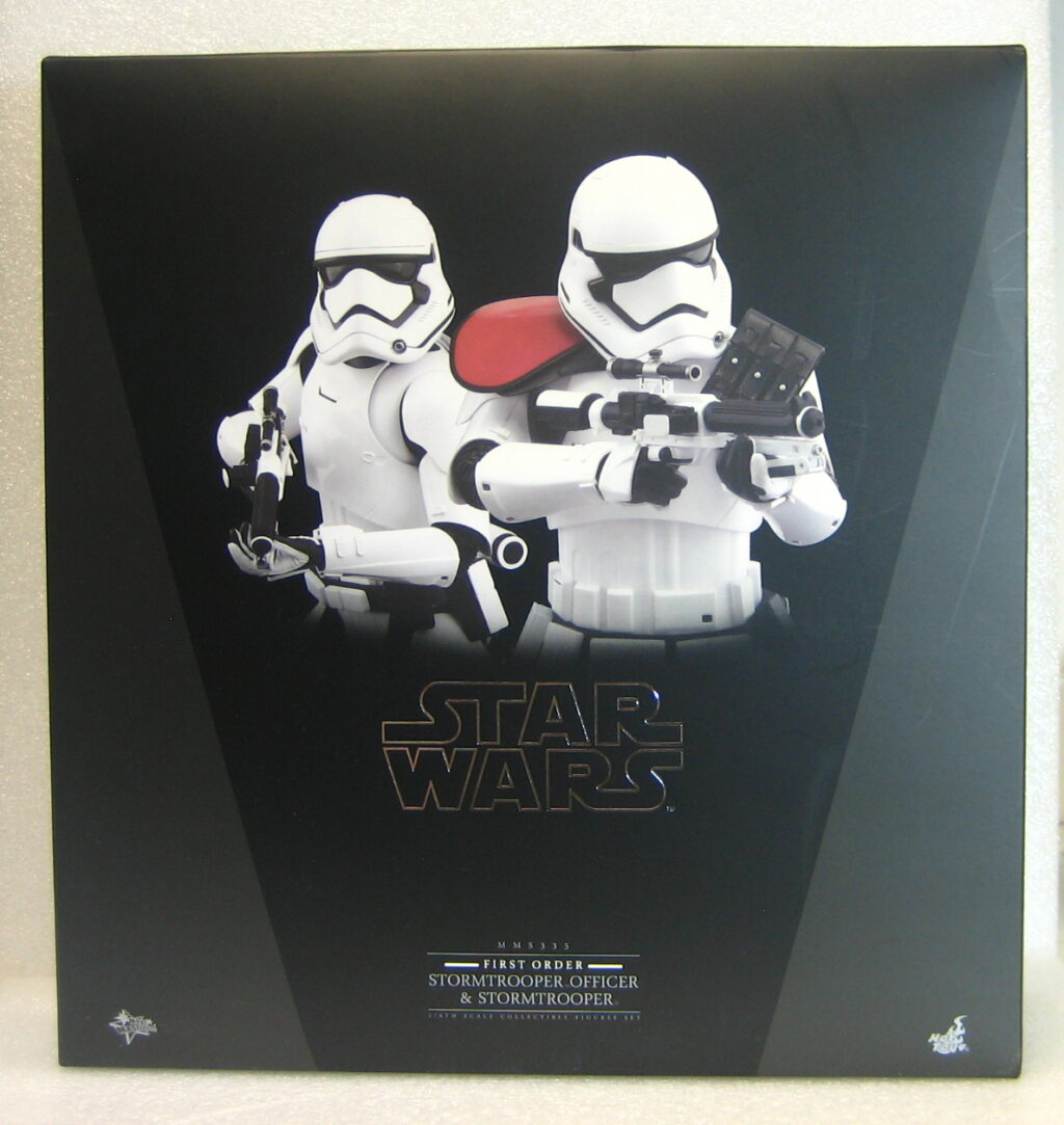 hot toys star wars force awakens stormtrooper officer and stormtrooper