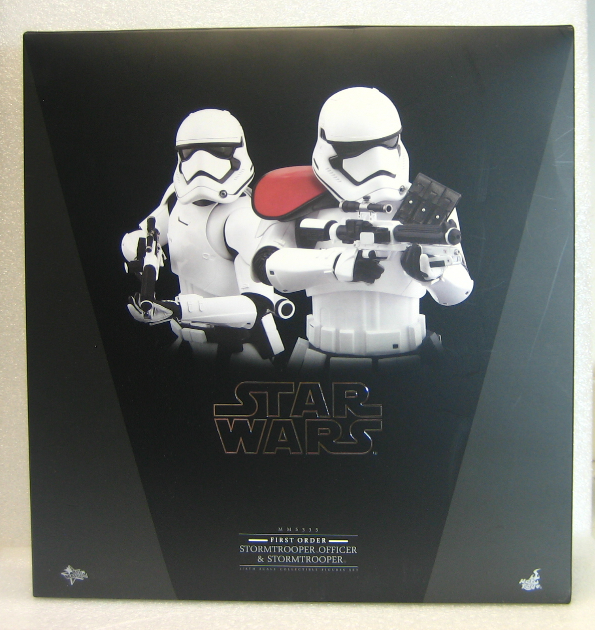 Hot Toys Star Wars First Order Stormtrooper Officer & Stormtrooper 1:6 Scale Figure Set