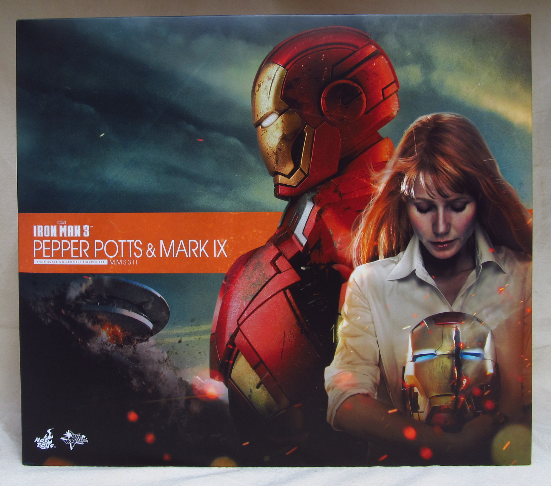 hot toys pepper potts and mark iv 1