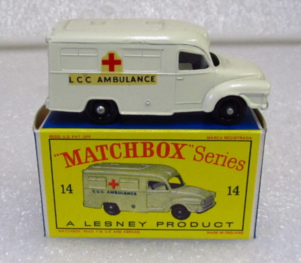 matchbox daimler lomas ambulance 1