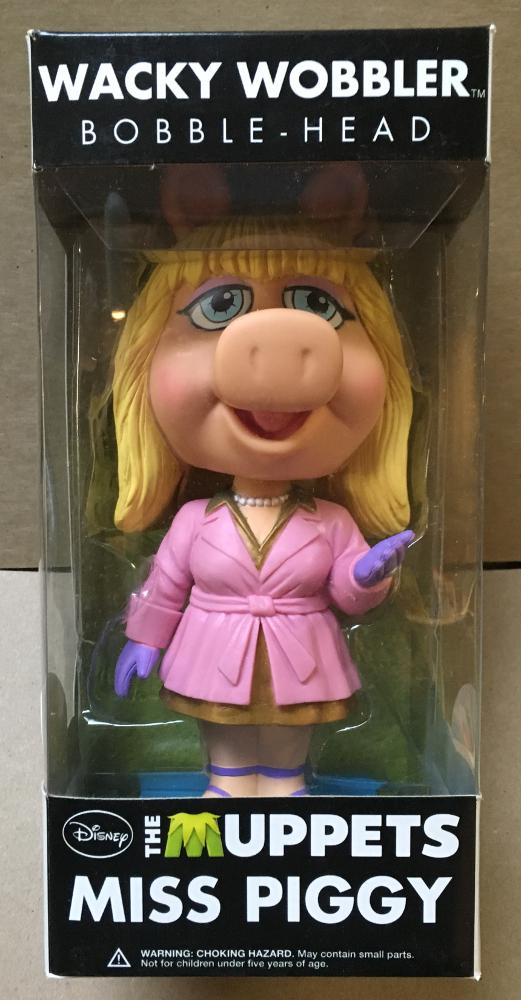 muppets miss piggy funko wacky wobbler 1
