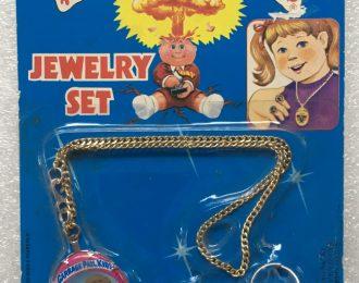 1985 Garbage Pail Kids Jewelry Set – One-Eyed Jack, Creepy Carol & Sweat Brett: Sealed