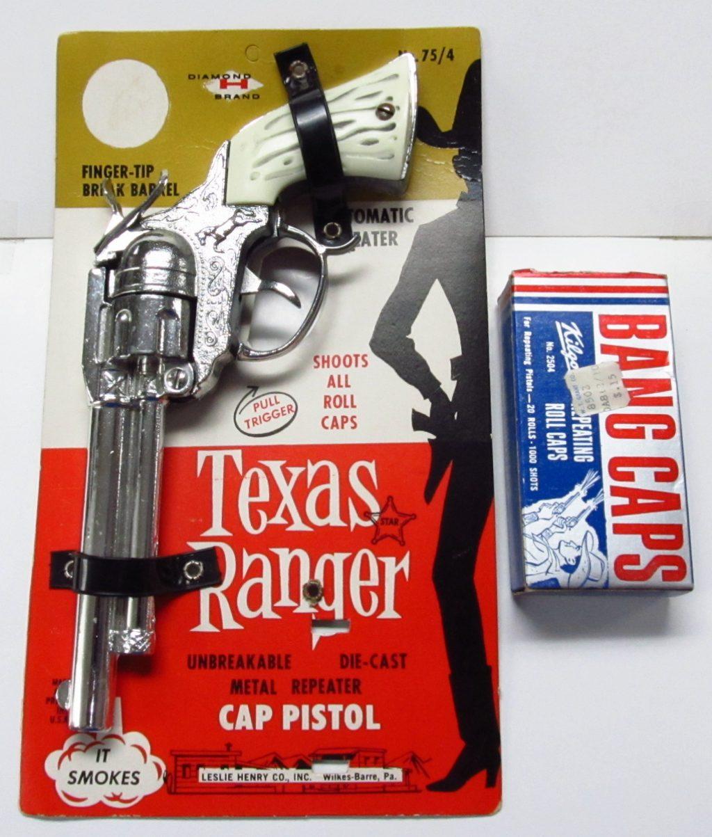 """Leslie Henry Texas Ranger 9"""" Cap Pistol"""