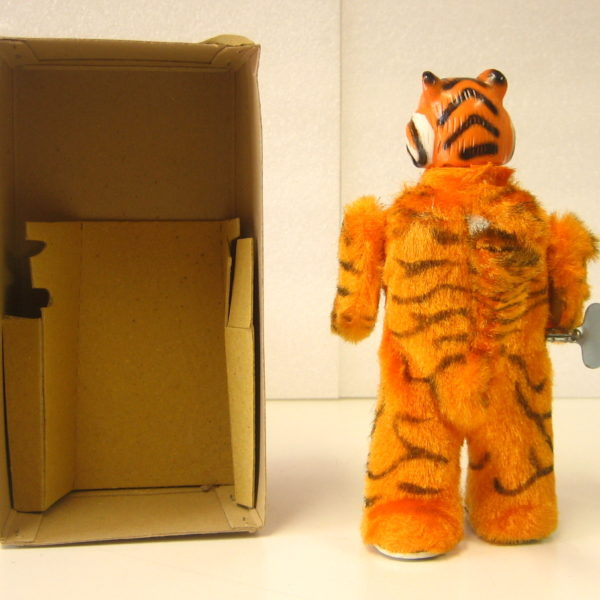 Walking Tiger 3